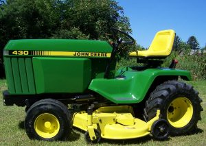 All About the John Deere 420 Lawn & Garden Tractor